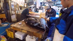 Fresh Tuna main cut by professional Japanese tuna handlers Stock Footage