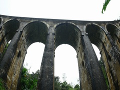 Old and big famous Nine Arches Bridge in Ella Sri Lanka. Scenic tourist landmark Stock Footage