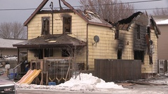 Deadly fatal house fire kills four people Stock Footage