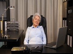 Tired Elderly Lady Sleeping Overworked Old Woman Nap Dreaming Exhausted Female Arkistovideo