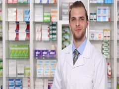 Happy Pharmacist Specialist Man Talk Looking Camera Pharmacy Store Introduction Arkistovideo
