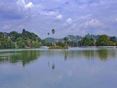 Kandy Lake, Kiri Muhuda or the Sea of Milk in Kandy city center in Sri Lanka Stock Footage