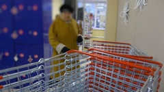 Basket blurring of interior shelves of the retail store business background. a Stock Footage