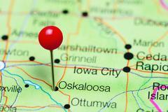 Oskaloosa pinned on a map of Iowa, USA Kuvituskuvat