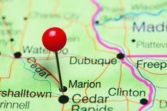 Marion pinned on a map of Iowa, USA Kuvituskuvat