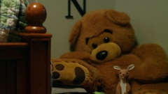 Stuffed animals in a child's room Arkistovideo