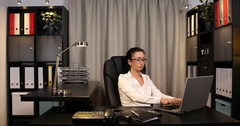 Businesswoman Manager Talk Mobile Phone Negative Gesture Looking Sad Office Desk Stock Footage