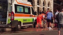 Verona, Italy - Sept 12, 2016: Ambulance in emergency in Verona Stock Footage
