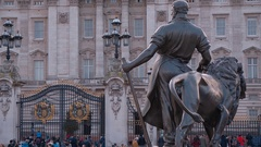 Famous landmark in London - Buckingham Palace Stock Footage