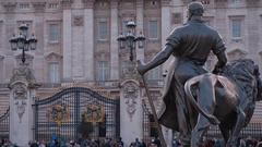The Buckingham Palace in London - the Royal Residence Stock Footage