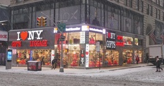Wintry Establishing Shot of NYC Gifts Store  	 Stock Footage
