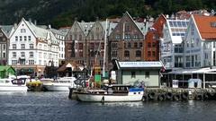 The Vagen harbour in Bergen Stock Footage