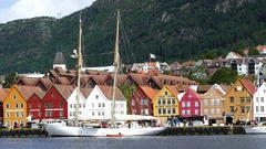 Sailboat in front of Bryggen (the dock) Stock Footage