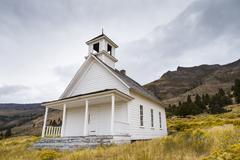 Old School House or Church in field near Summer Lake Oregon Stock Photos