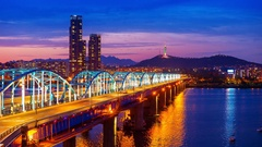 Time lapse of downtown cityscape at Dongjak Bridge and Seoul tower. Stock Footage