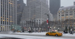Wintry Morning Establishing Shot Businesses on 5th Avenue in Manhattan Stock Footage