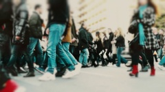 Big city crowd, anonymous people cross busy street slow motion 100p Stock Footage