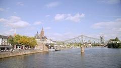 Frankfurt River Main - Eiserner Steg Stock Footage