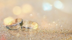Wedding two rings. Smooth movement. Stock Footage