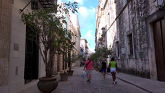 Tourists in the Old Havana (La Habana Vieja). Stock Footage