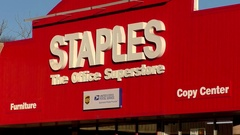 Staples office supplies superstore, zoom out Stock Footage