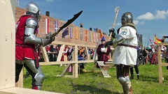 Polish knight is fighting with knight from Argentina. Real fight Stock Footage