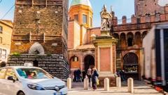 Piazza di Porta Ravegnana in Bologna, Italy Stock Footage