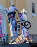 KAZAKHSTAN ALMATY - AUGUST 28, 2016: Urban extreme competition, where the city Stock Photos
