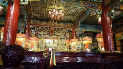 Interior of Zhinan temple on Maokong mountains Stock Footage