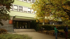 Students Mendel University in Brno go to and from school, authentic autumn Stock Footage