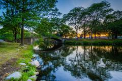 Sunset at the Charles River Esplanade, in Beacon Hill, Boston, Massachusetts. Stock Photos