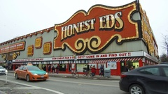 Honest ed's department store in Toronto at closing Stock Footage