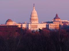 US Capitol, Washington DC Winter Evening Light Golden Hour slow motion Arkistovideo