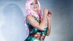 Sparkle sexy babe gogo dancer diva party disco woman Stock Footage
