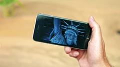 Netflix App on Apple iPhone 6 Arkistovideo