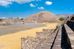 The Pyramid of the Moon and other pre-columbian structures at Te Stock Photos