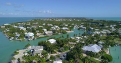 Waterfront houses in the Florida Keys prores Stock Footage