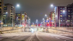 Time Lapse of late night traffic on city street Arkistovideo