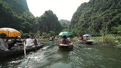 Vietnam, Tam Coc river navigating Stock Footage