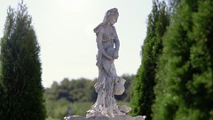 The old woman Statue Stock Footage