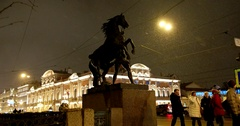 Sculpture of Horses on the Anichkov bridge, Saint Petersburg, Russia Stock Footage