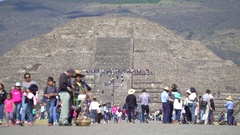 Crowd of people in Teotihuacan ancient pyramids - Mexico City Stock Footage