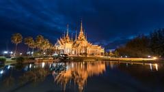 Wat Non Kum night timelapse, Nakhon Ratchasima, Thailand, 4K Time lapse Stock Footage