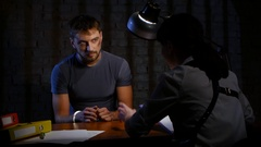 Woman detective is the interrogation a dangerous criminal man Arkistovideo