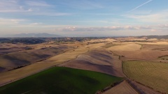 Aerial shot, gorgeous tucany hills landscape with sun flare, flying abov.. Stock Footage