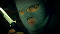 Stiletto  criminal 2 knife switch stileto Stock Footage