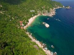 4K Drone; Tanote Bay flyover, Koh Tao, Thailand Stock Footage