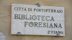 A sign in Portoferraio, Italy on the island of Elba. Stock Footage