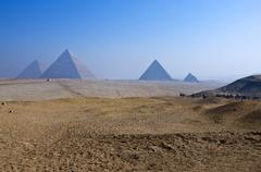 The archaeological site of Giza Stock Photos
