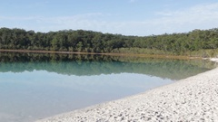 Incredibly beautiful Lake McKenzie on Fraser Island Stock Footage